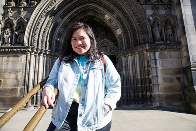 Ili outside St Giles Cathedral.